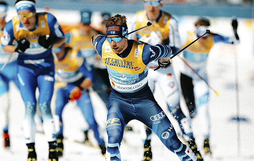Joni Mäki hiihtää. Kuva: Jesse Väänänen / Suomen Hiihtoliitto